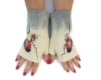 Felted Fingerless Gloves Fingerless Mittens Arm warmers Wristlets Merino Wool Gray White