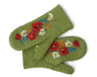 Felted mittens Merino wool Olive Green