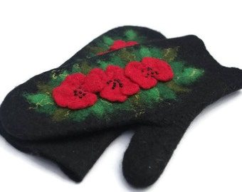 Felted Mittens Black Red Green
