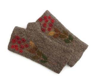 Felted Fingerless Gloves Fingerless Mittens Arm warmers Wristlets Merino Wool Brown
