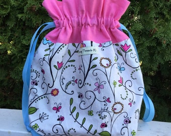 Divided Sock Knitting Project Bag, Interior Zipper Pouch, Drawstring, White Garden with Pink Lining
