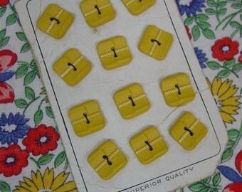 "Fun Vintage Buttons on Old Original Card, 12 Square Yellow  5/8"" Plastic"