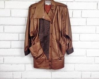 80's METALLIC LEATHER COAT vintage oversized slouchy bronze gold vinyl vegan faux leather strong shoulderbatwing jacket M