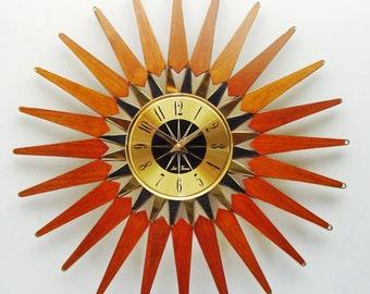 Starburst Clock, Spectacular!  Mid century Seth Thomas Atomic Era Sunburst Wall Clock