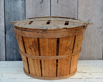 Vintage Orchard Bushel Basket with Lid Advertising Weathered Split Wood Gillan Bros. St. Thomas Pennsylvania Rustic Primitive Storage Decor