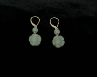 Vintage Jade 14k gold Earrings