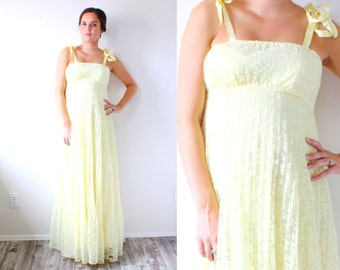 Vintage maxi yellow lace gown // boho all lace gown // hippie navajo maxi dress // prom homecoming dress // floor length // maternity dress