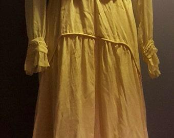 Stunning Edwardian Dress 1915 to 1920s Vintage. Ivory. Lace. Pearls. Wedding.