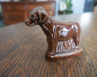 Vintage 1960s Tetley Tea Brown Ceramic Wade Figurine Pointer Dog Hunting by Wade England Miniature Puppy