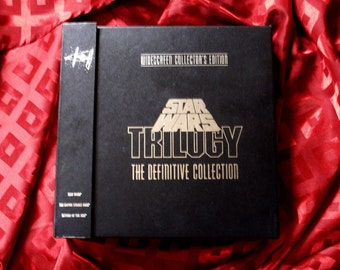 Star Wars Boxed 9 Laser Disc Definitive Collection 1993 Widescreen Double Sided with 207 page Book and Location Pamphlet
