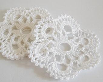"White Snowflake Coasters, 4"" Crochet Coasters Set of 6, Christmas table decoration, Holidays Drink Coasters"