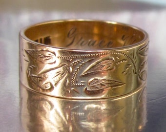 Antique (1914) Edwardian Calla Lily Engraved Flowers Wedding Ring 10K. Magnificent Beauty.