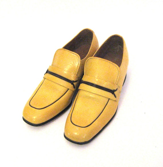 Mens Shoes With Yellow Inside