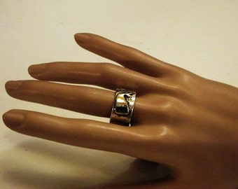 Sterling silver ring with whale handmade