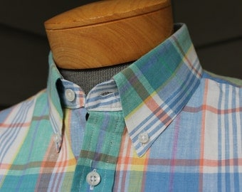 vintage 1980's -'Raintree Southern' by Hampton- Men's Madras button down collar - short sleeve sport shirt. Like 'NeW'. Great colors. Large