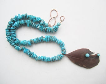 Arizona Turquoise Necklace ./. Genuine Turquoise Beads ./. Turquoise and Copper ./. Bohemian Necklace ./. Copper Feather Pendant ./. Collier
