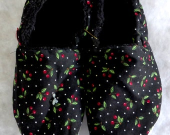 Cheerful Cherry KozyFoots slippers