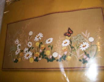 Meadow Flowers Crewel Embroidery Kit: Comes with Fabric, Wool Yarn, Needle, Directions