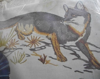 Fox Crewel Embroidery Kit: Comes with Linen, Yarn, Needle & Directions