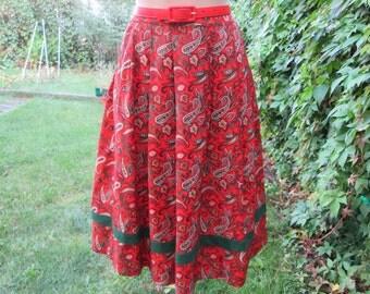 Full Skirt Vintage / Wool / Poly /  EUR34 / 36 / UK6 / 8 / Full / Lining