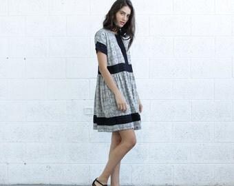 SALE!Eyelet Trim Print Dress