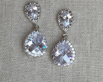 Crystal dangle earrings, bridal earrings, crystal earrings,  brides earrings, bridal party jewelry