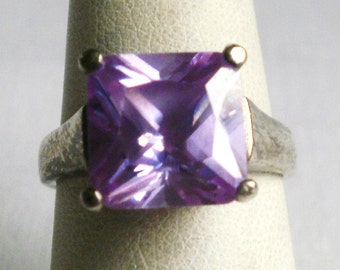 Sterling Silver Amethyst Ring-Size 7 1/8