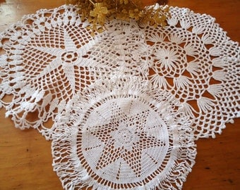 3 Crocheted Doilies Crocheted Doily White Vintage Doilys Doilies  Lot  B265