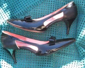 Vintage Socialites Black Patent Leather Shoes size 9 AA