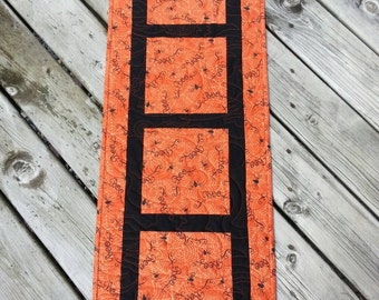 Halloween Quilted Table Runner, Spiders Quilted Table Topper, Black and Orange Quilted Table Runner