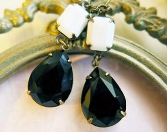 Vintage Style Bridal Jewelry Black and White Earrings Bridesmaid Earrings Vintage Wedding Black Earrings Gift Old Hollywood Style Jewelry