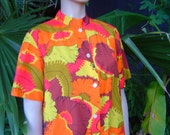 Vintage 80s Waikiki Holiday Design in Hawaiian Print colorful colorful Short sleeve Shirt Size m by KitKatCabaret on Etsy