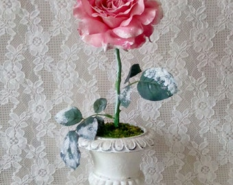 Pink Rose, Table top decoration, Winter Rose, Flower Arrangement, Valentines Day, Urn, Romantic Winter decor