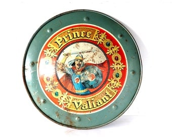 "Vintage ""Prince Valiant"" Metal Shield, Tin Lithograph by Mattel (c.1950s) - Collectible Toy Shield, Family or Play Room Decor"