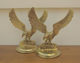 Patriotic brass eagle bookends.
