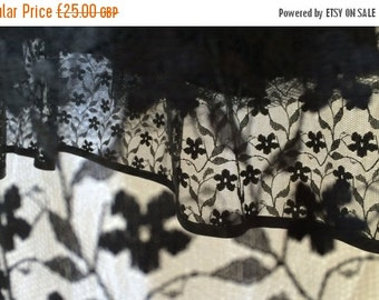Autumn Sale Black Vintage 1980s Pin Up Lace Dress