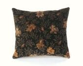 Velvet Accent Pillow, Black Accent Pillow, Gothic Decor, Victorian Decor, Decorative Pillow Velvet, Decorative Pillow Black