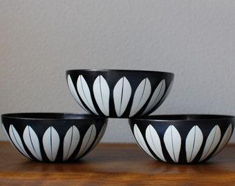 "Cathrineholm 5.5"" black white lotus enamel bowls set of 3 Norway mid century modern"