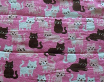 SALE! Happy Kitties! Quilted Pet Mat