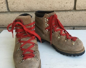 Vintage Suede Hiking Boots . Mountaineering Boots w/Vibram Soles Womens Size 8
