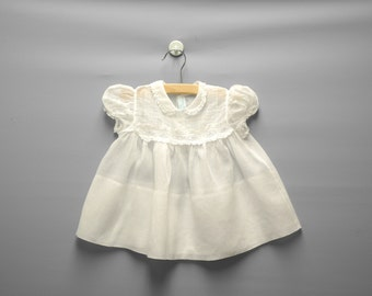 Vintage Baby Clothes, 1940's White Cotton Voile Lace Baby Girl Dress, Vintage Baby Dress, White Baby Dress, Size 6 Months