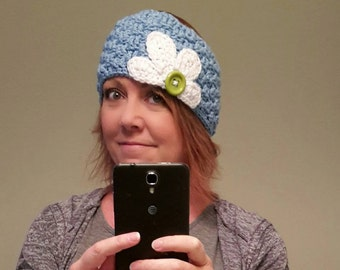 Oopsy Daisy crochet earwarmer