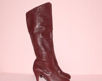 Knee High Boots/ OX Blood/SIze 7.5
