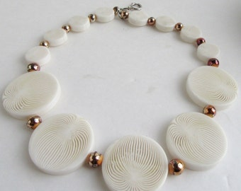 Vintage Acrylic Lucite Op Art White & Cear Necklace Psychedelic