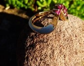 Vintage 9ct Gold Ruby Ring, Gold and Rubies, Fully Hallmarked 40th Anniversary, 9ct Yellow Gold Wishbone Ring With 5 Clawset Rubies