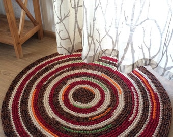 Cute hand crochet rug, measures 34 inches in diameter, ready to ship