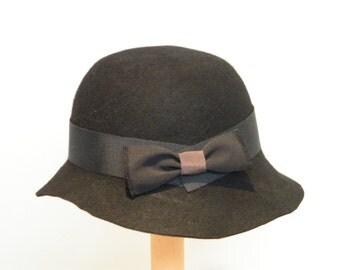 Miss Fisher hat, black wool felt hat, black cloche, Downton Abbey, Miss Fisher hat,  shul hat, 20s hat, black winter hat Israel