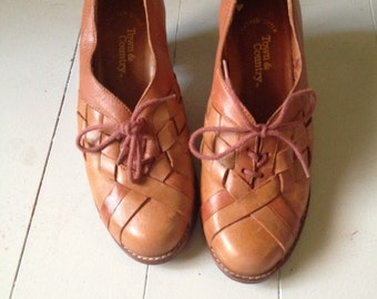 Vintage Town and Country Leather Booties Sz 6