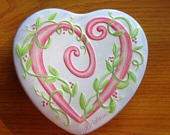 "6"" Brighton Tin Pink Viny Heart"