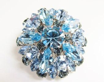 SALE Vintage Blue Crystal Rhinestone Dome Brooch 50s